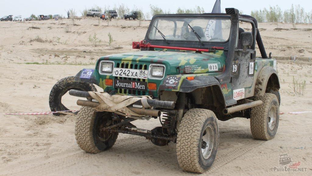 Подготовленный Jeep Wrangler на соревнованиях