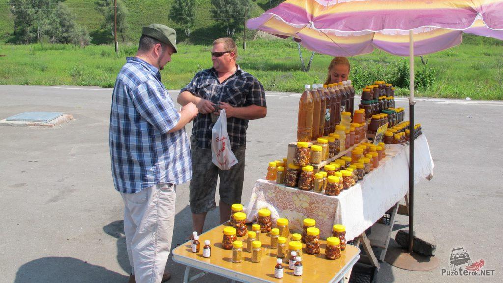На трассе М52 продается паленая медовуха