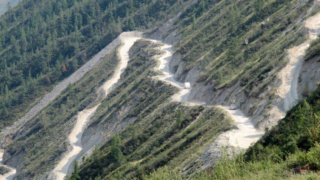 Серпантин на перевале Кату-Ярык