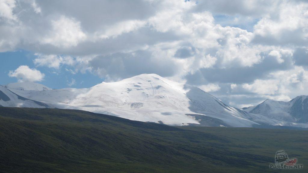 Гора Найрамдал, Монголия, вид с Укока