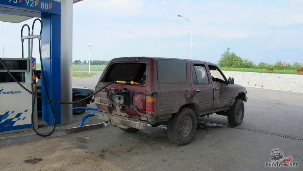 Разбитый Toyota Land Cruiser фото