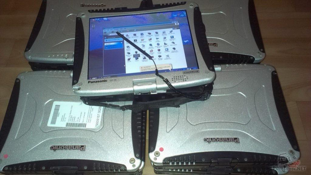 Защищенный ноутбук Panasonic Toughbook CF-19 складывается в планшет