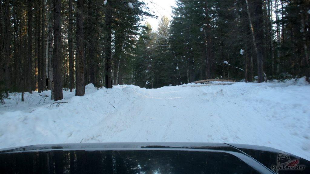 Плохая дорога на зимнике