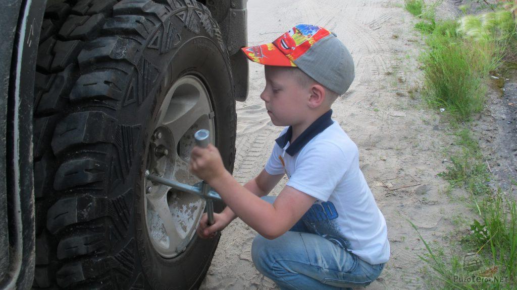 Замена колес на Nissan Patrol на внедорожную резину