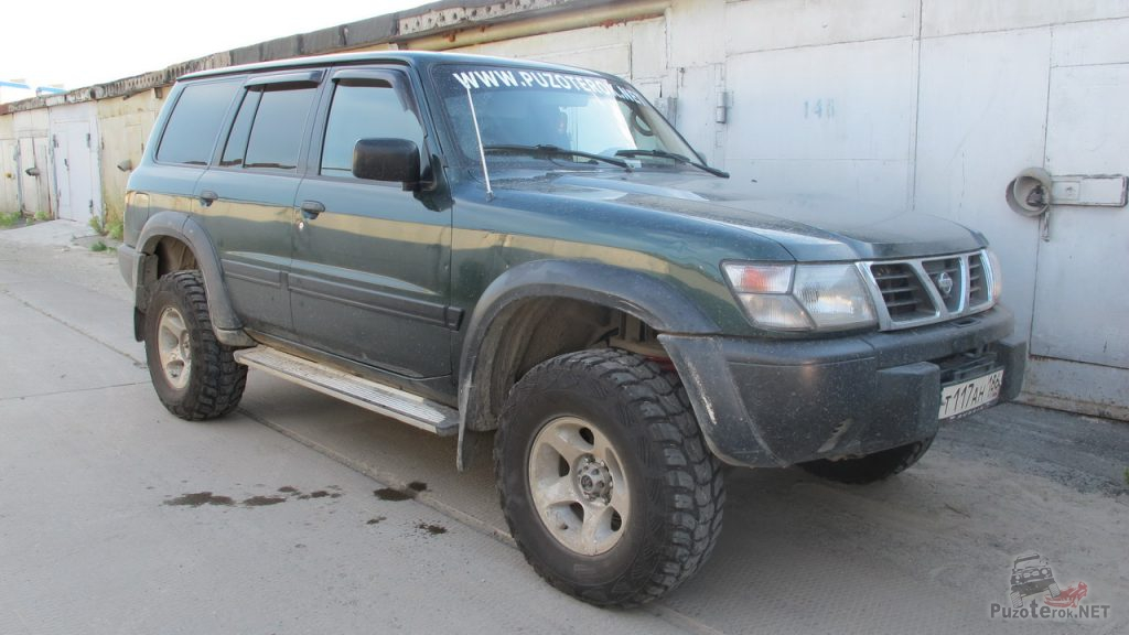 Nissan Patrol на Kumho Road Ventury