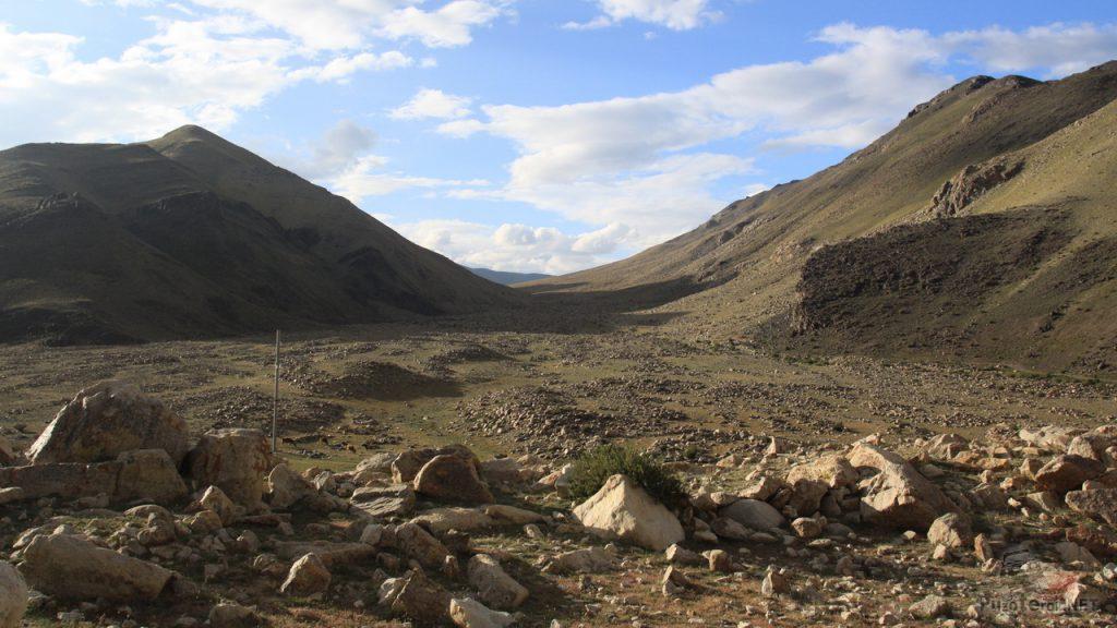 Горы и камни в Монголии