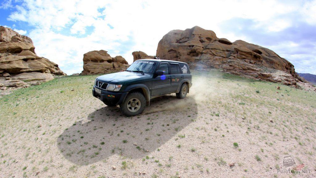 Ниссан Патрол в Монголии