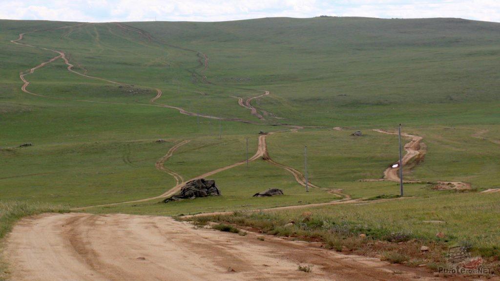 Многополосные дороги Монголии
