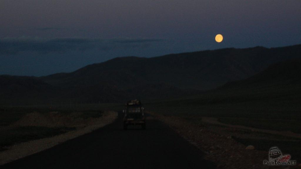 Асфальт в Монголии