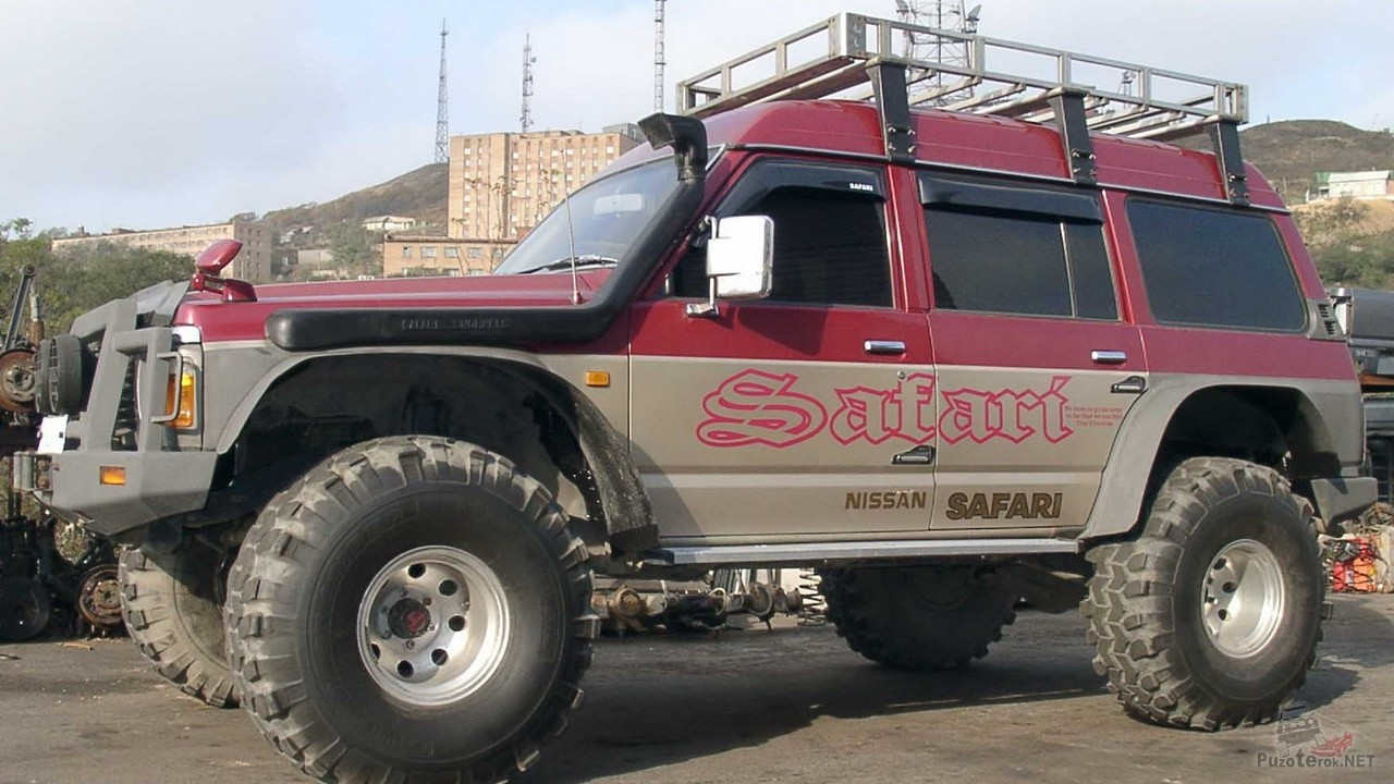 Nissan Safari с большими колесами