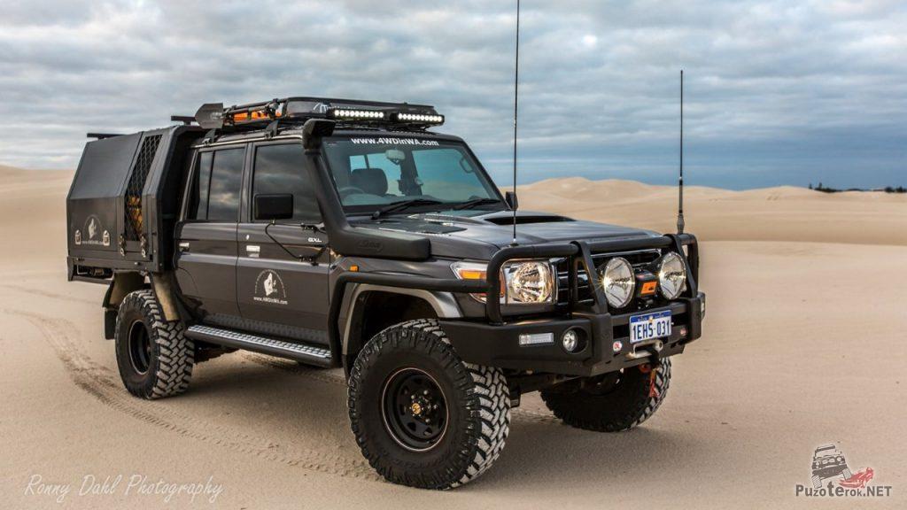 Экспедиционный вариант пикапа Toyota Land Cruiser double cab доработанный для путешествий