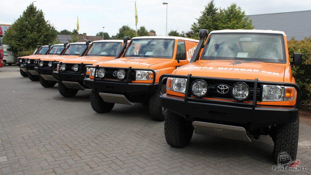 Фото Toyota Hzj 76 - africa-offroad.com - компания, занимавшаяся перевозкой туристов в африке и устраивающей сафари