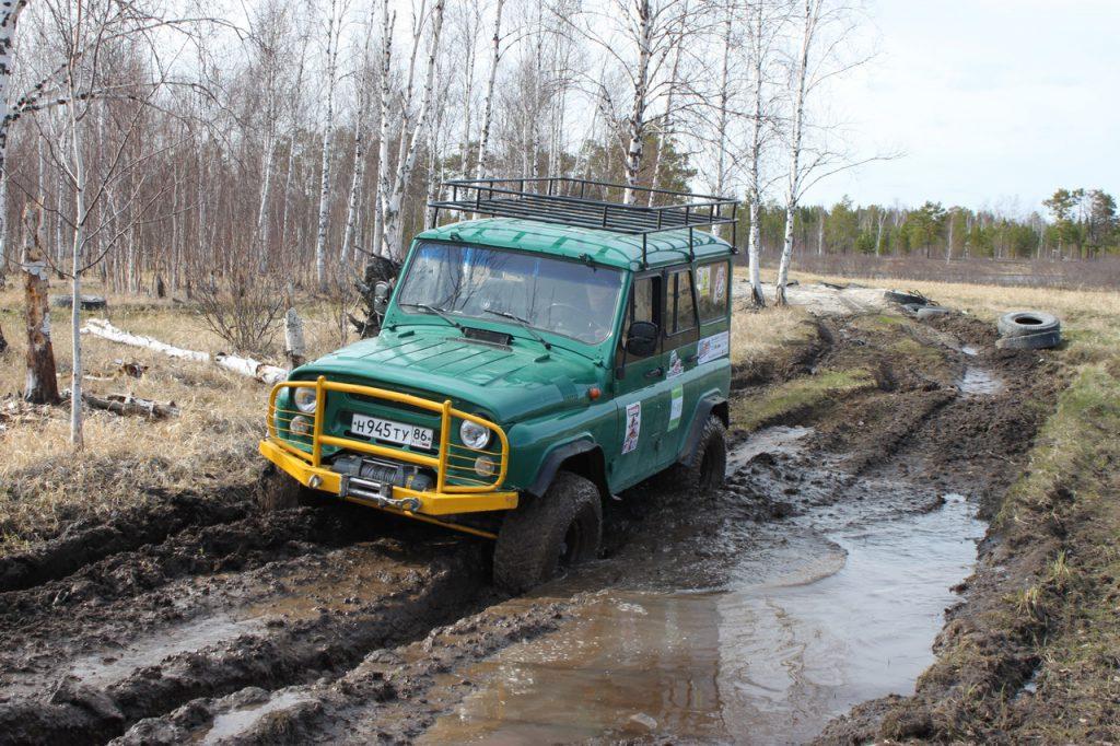 Уаз в грязи