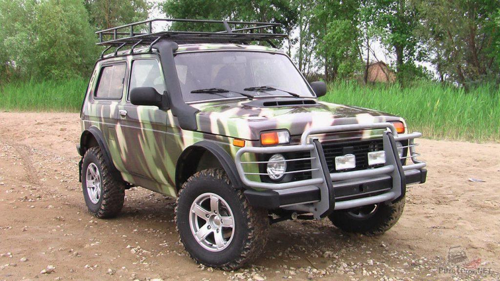 ВАЗ 2121 Нива - настоящий проходимый внедорожник. Отличный автомобиль для охоты и рыбалки.