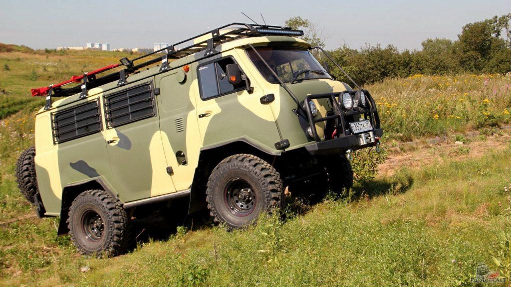 УАЗ Буханка на военных мостах с 35 шинами Simex