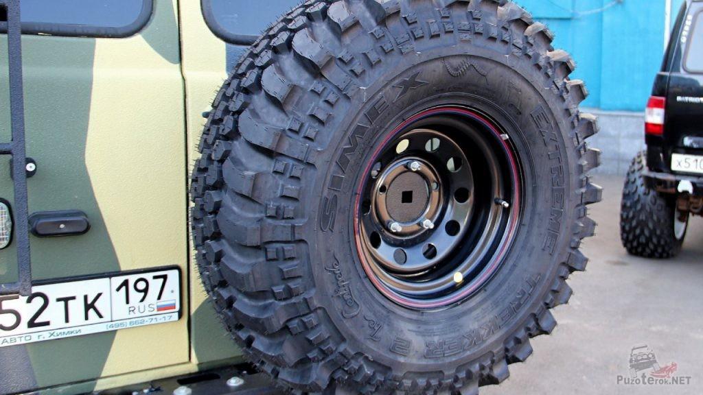 Задний бампер УАЗ Буханка с калиткой и запаской 35 дюймов - необходимая деталь тюнинга для дальних путешествий