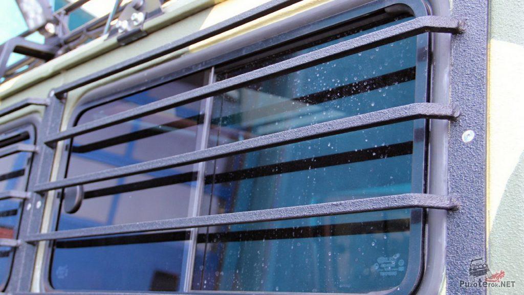 Защитные решетки на окнах УАЗ Буханка