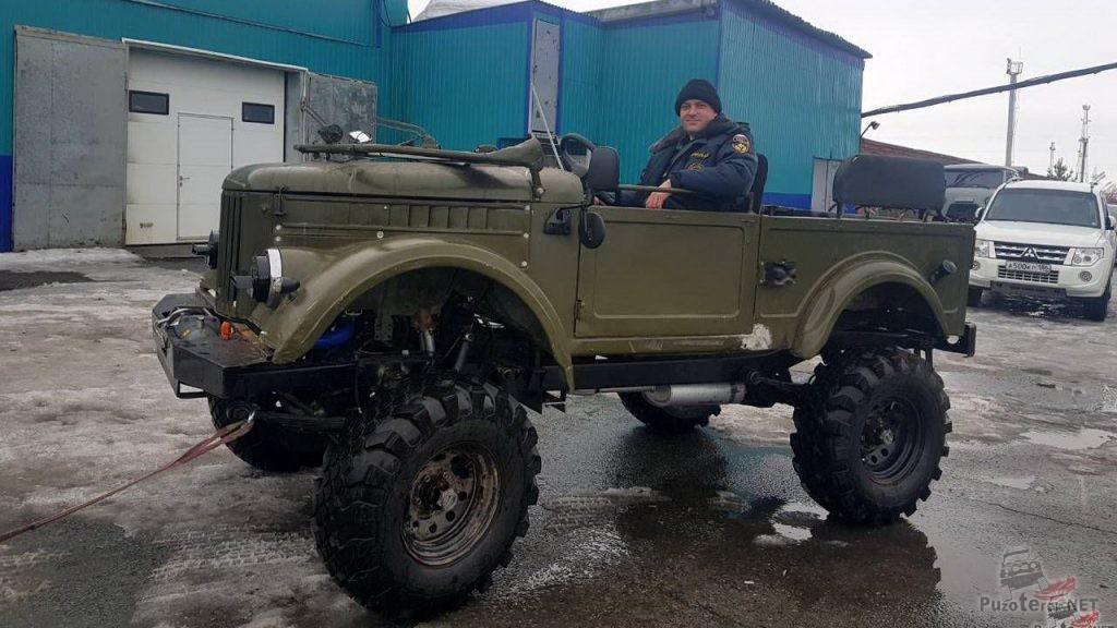 Тюнинг ГАЗ-69, установлены военные мосты, сделан лифт, заменен двигатель на ЗМЗ-406
