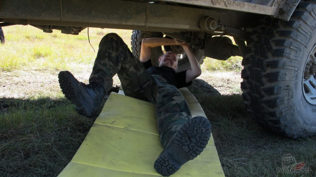 Ремонт кардана УАЗ в экспедиции