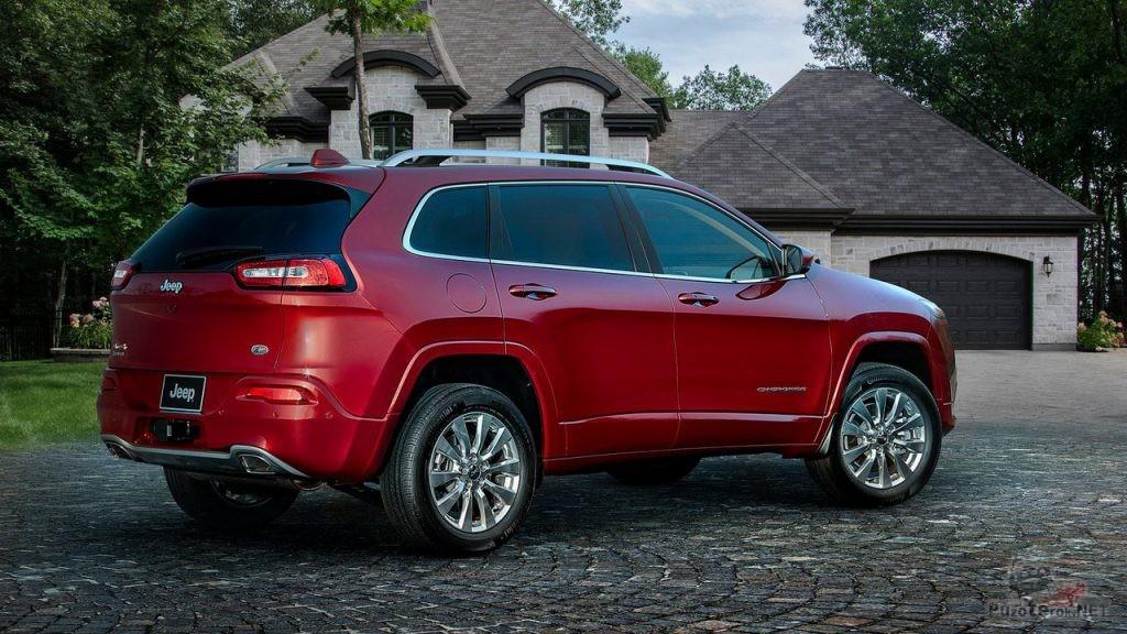 Фото Jeep Cherokee 2018 вид сзади