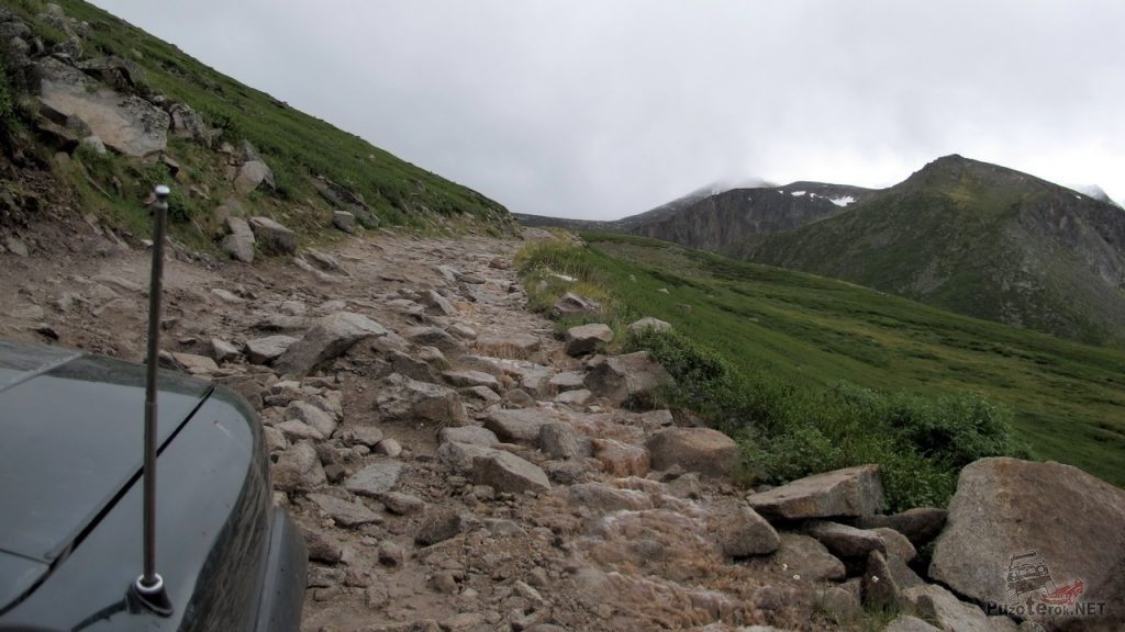Дорога на перевал Теплый ключ, Укок