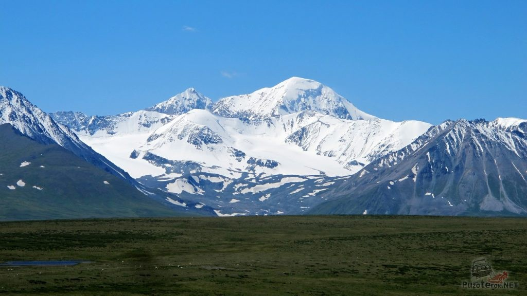 Гора Нарьямдал, Укок, на границе с Монголией