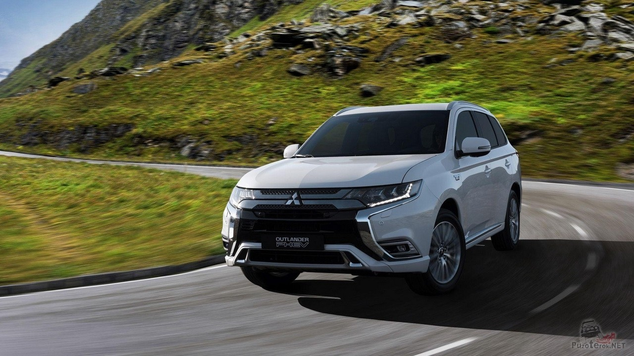 Новый Mitsubishi Outlander Phev 2018