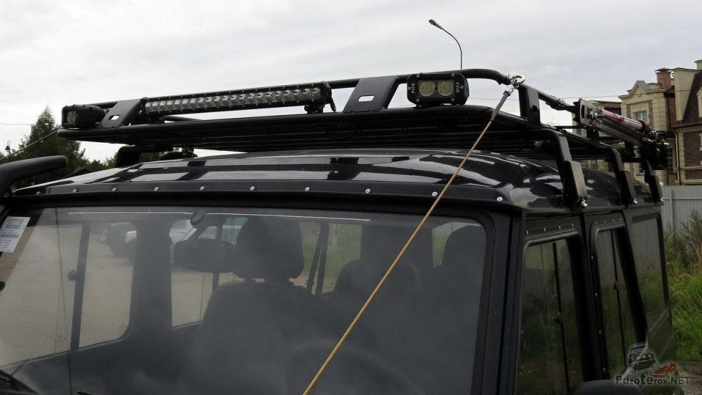 Дополнительный свет (люстра) на багажнике УАЗ