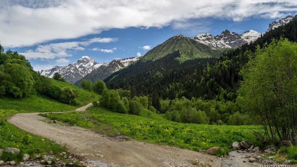 Дорога к софийскому леднику