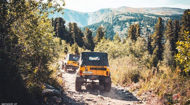 Путешествие к каракольским озерам на подготовленных УАЗ 469