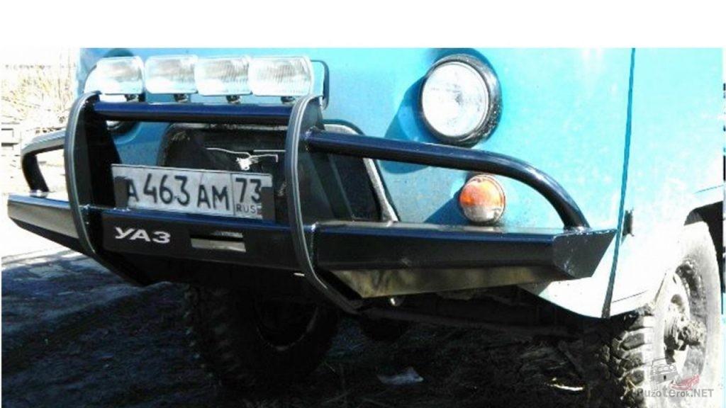 Силовой бампер на УАЗ Буханка