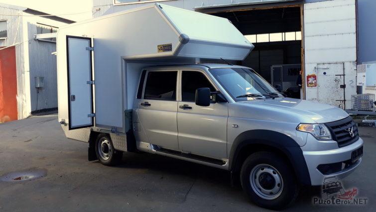 УАЗ Профи кемпер с жилым модулем