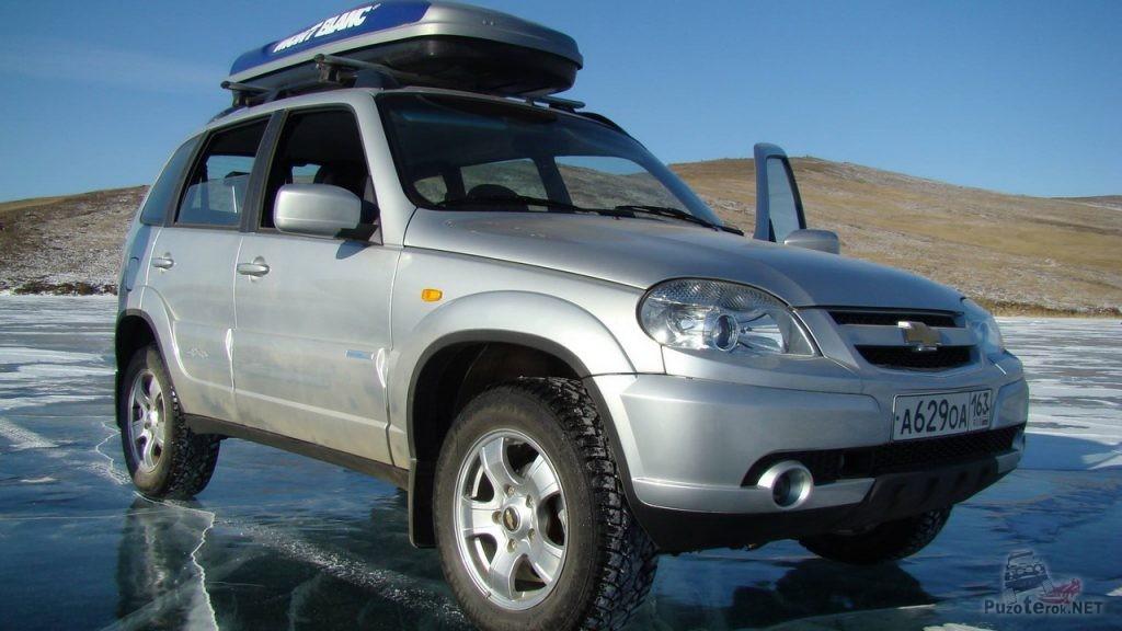 Chevrolet Niva на льду Байкала