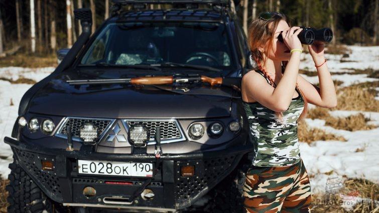 Фотосессия девушка на охоте и L200