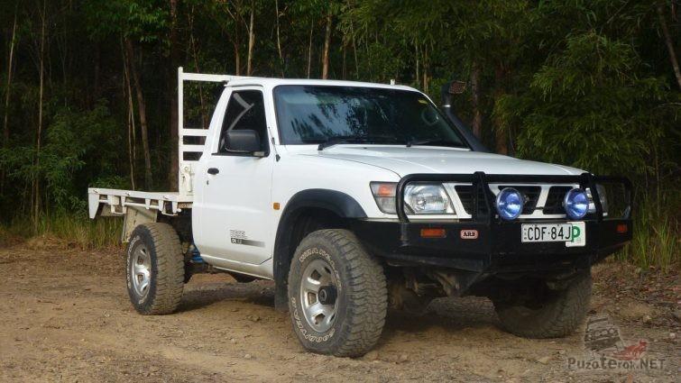 Nissan Patrol GU пикап с площадкой вместо кузова