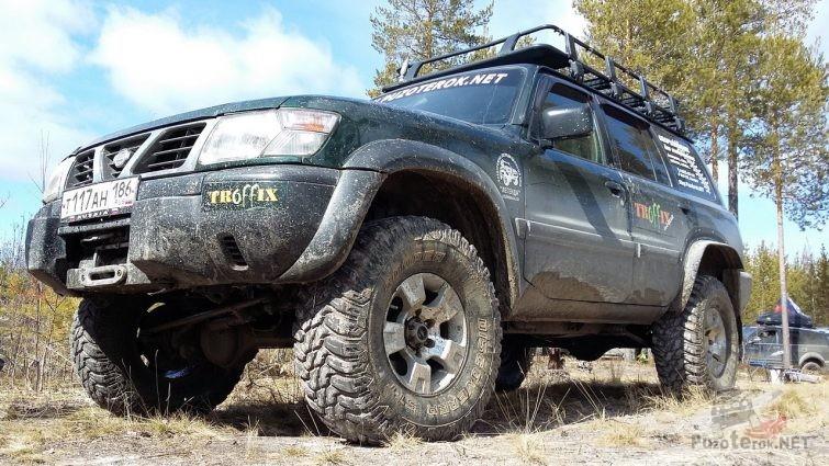 Nissan Patrol на 35 Cooper Discoverer STT