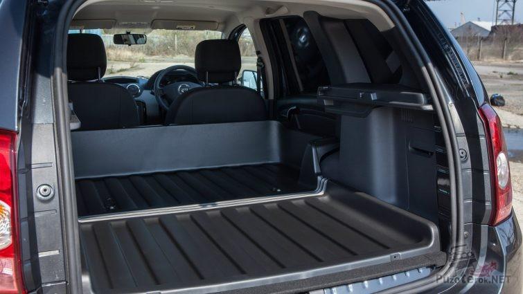 Duster Commercial с увеличенным багажным отсеком, вместо задних сидений