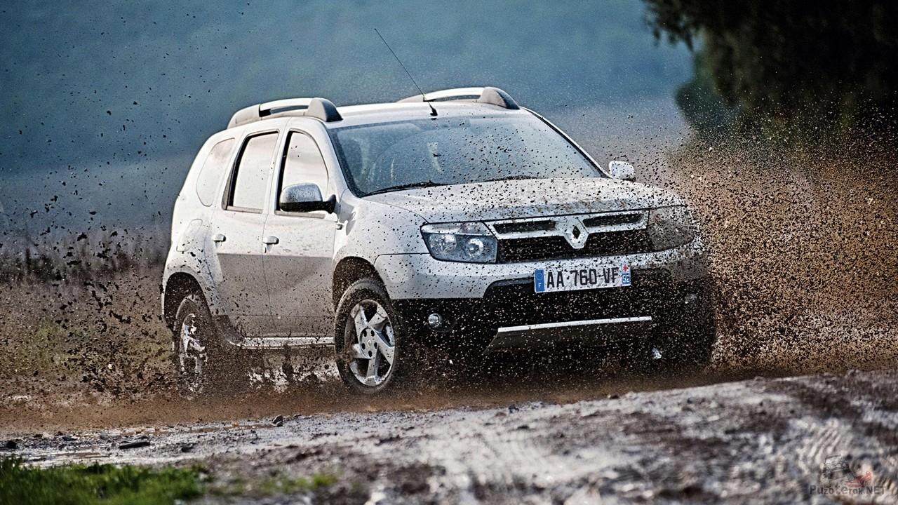 Renault Duster 2010 на бездорожье