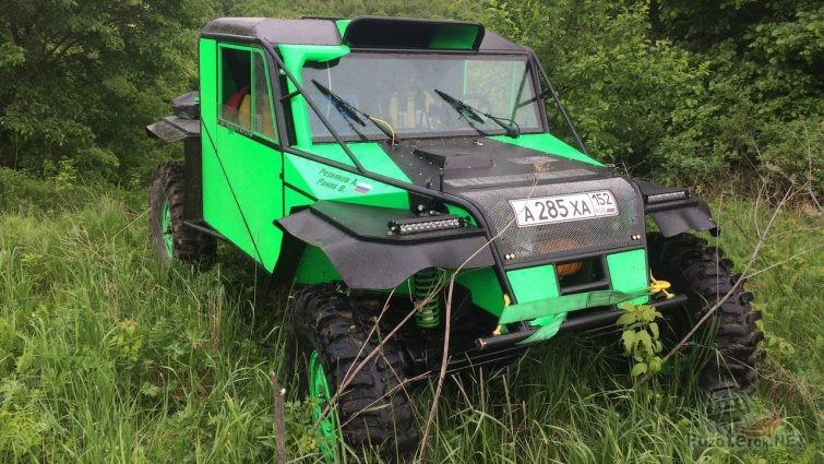 Зеленый прототип на резанных боггерах