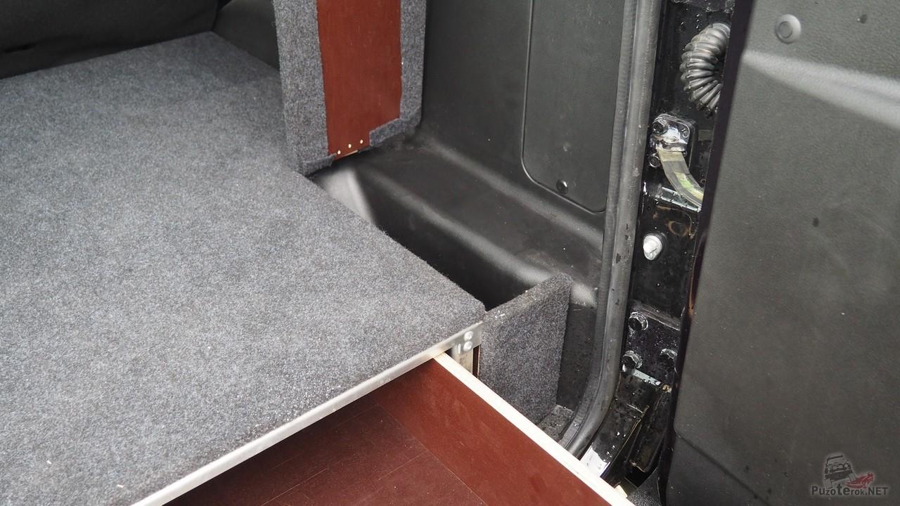 Дополнительные отсеки в органайзере для багажника УАЗ Патриот