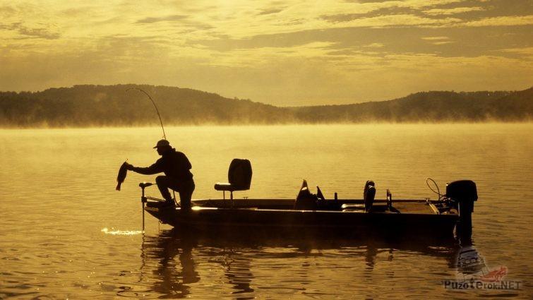 Фото рыбалка с лодки