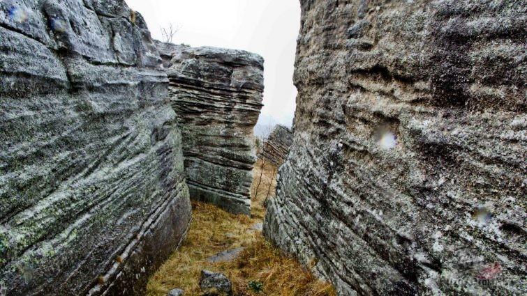 Каменный лабиринт, Худес