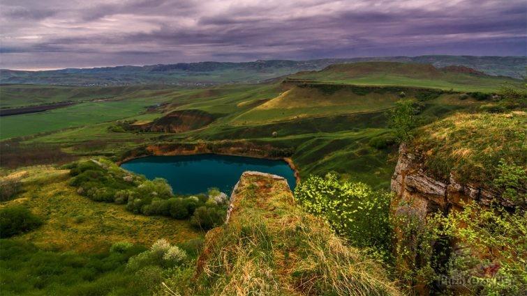 Карстовое озеро Шадхурей Кабардино Балкария