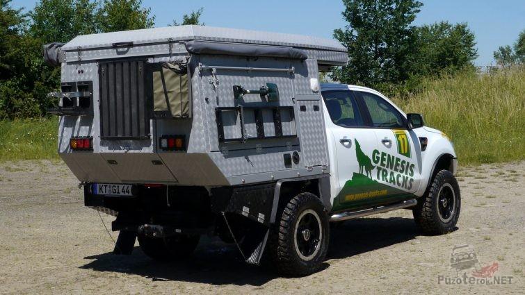 Внедорожный автодом кемпер из пикапа