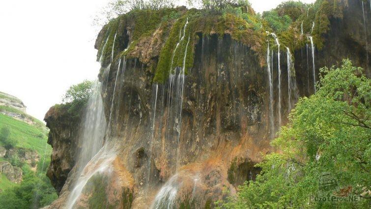Водопады на плато Бермамыт