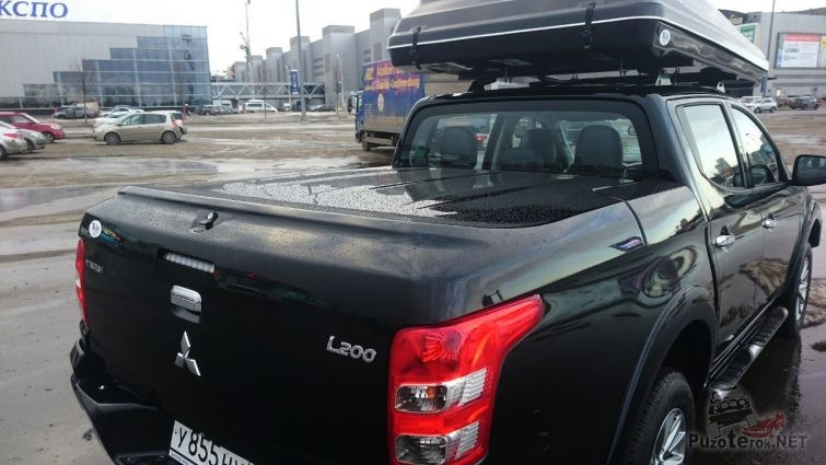 Пластиковая крышка кузова L200