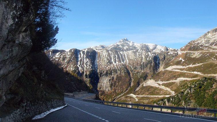 Горный перевал Фурка в Швейцарии