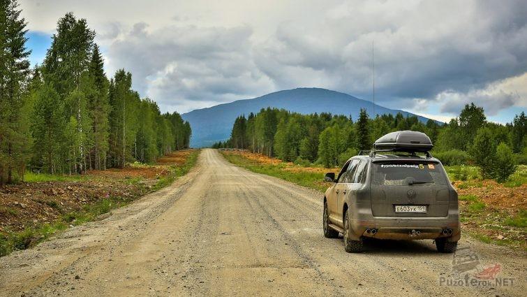 Горный перевал через Иовское плато на Урале