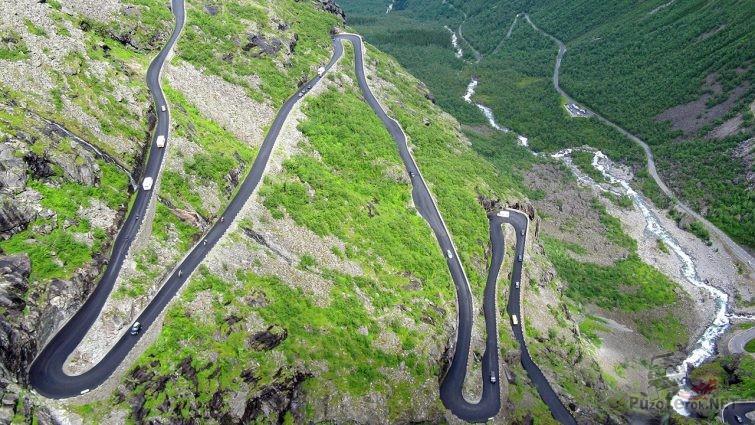 Лестница на Дороге Троллей в Норвегии