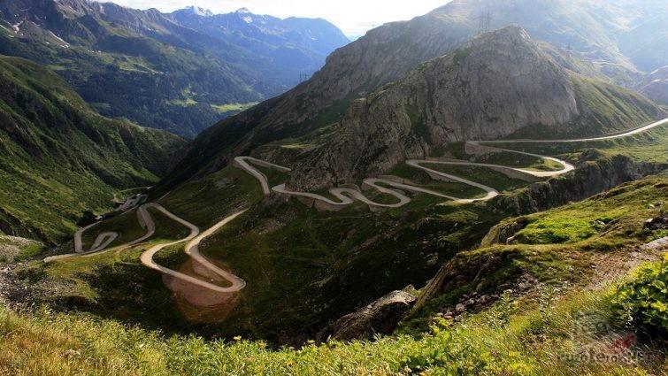 Один из самых опасных в мире итальянский перевал Стельвио